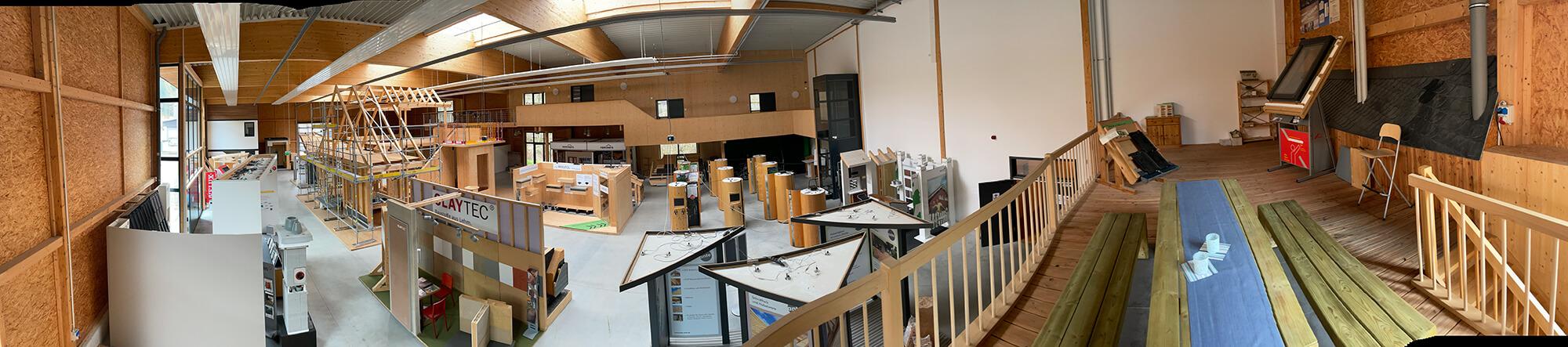 Panorama-Foto von der I.D. HOLZ Ausstellungshalle