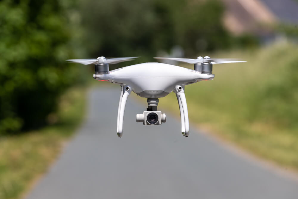 Drohnenaufnahme auf Augenhöhe